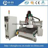 ルーターを切り分ける3D木CNC