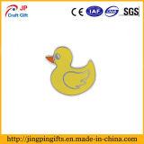 Personalizar el pato de goma amarilla bañera Esmalte Duro insignia de solapa
