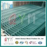 Frontière de sécurité soudée incurvée de treillis métallique Panles/usine soudée de frontière de sécurité de treillis métallique