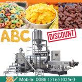 De automatische Cornflakes die van de Graangewassen van het Ontbijt De Lopende band van de Machine maken