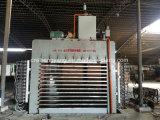 4*8 ft de base de la machine de séchage de placages Presse à chaud cheveux pour l'usine de contreplaqué à Linyi Shandong Chine
