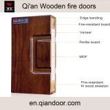 Porte coupe-feu en bois avec porte en acier inoxydable à double cadre