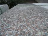 磨かれたG664/G687/G603/G654/G682/G562はまたは壁またはフロアーリングのための暗い灰色か白くまたは黒くまたは白いですまたは薄い灰色の花こう岩のタイルか平板またはカウンタートップまたは階段または立方体または縁石を砥石で研ぐか、または炎にあてた