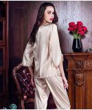 A lingerie sexy Sleepwear Roupão mulheres pijama de seda