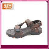 Sapatas da sandália do pescador dos homens da forma
