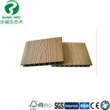 WPC lamellenförmig angeordneter Bodenbelag-hölzerne zusammengesetzte Plastiklatten