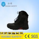 Punta d'acciaio di comodità del taglio di livello di alta qualità della Cina che fa un'escursione i pattini