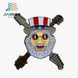 Commerce de gros en alliage de zinc métal Old Man logo personnalisé en émail Épinglettes