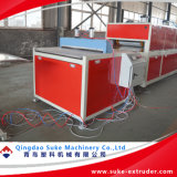 PVC木製のプラスチックWPCプロフィールおよびボードの押出機の生産の放出ライン
