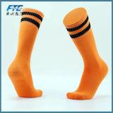 Calzini di sport di alta qualità con il prezzo basso