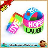 Bracelet en silicone colorées et personnalisées Bracelet avec logo imprimé rempli de couleur// de gros en usine