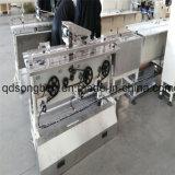 Máquina de embalagem com arrumação automática e alimentador