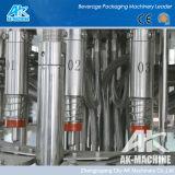 Machine de remplissage de bouteilles d'eau minérale