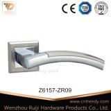Design confortable Accessoires de porte sur la poignée de porte torsadée Rose (Z6159-ZR11)