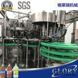 Accensione della strumentazione di riempimento dell'acqua di bottiglia