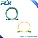 Vlecht Simplex Duplex Singlemode Multimode Om3 Om4 Sc/LC/FC/St/Mu/MTRJ/E2000/MPO/MTP/DIN/D4/Fddi Upc/APC/PC 0.9/2.0/3.0mm van de Kabel van de Verbindingsdraad van het Koord van het Flard van de vezel de Optische