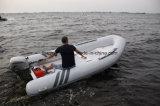 Fabricante inflável do barco do reforço dos barcos da parte inferior lisa da fibra de vidro de Liya