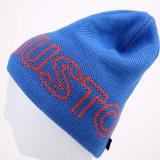 모자 POM POM 베레모 모자에 의하여 뜨개질을 한 모자가 자카드 직물에 의하여 뜨개질을 했다