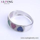 52012の方法女性のためのが付いている優雅なロジウムCZのダイヤモンドの宝石類の腕輪