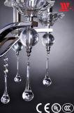 Lámpara cristalina de lujo con los brazos de cristal