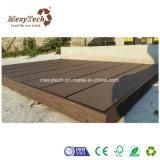 Decking de madera barato del compuesto WPC del jardín al aire libre moderno