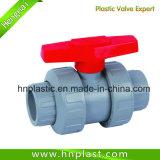 Tomada de PVC de plástico da válvula de esfera
