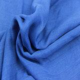 女性のファッション小物の女性ショールのための青いカラーポリエステルスカーフ