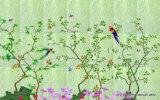 El Lively&#160 alegre alegre feliz; Pequeños pájaros vivos activos que saltan y que juegan en los árboles de ciruelo