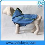 Собака любимчика PU пальто дождя лета одевает фабрику