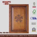 Portas de armário de cozinha em madeira esculpida (GSP5-008)