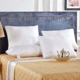 Venta al por mayor de alta calidad 100% de seda llena de almohada