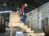 Semelles en bois et canalisations verticales d'escalier solide non fini de chêne