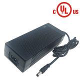 Caricabatteria elettrico automatico dello ione del Li delle cellule 18650 della valigia 5 21V 3A 3.5A