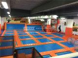 Cheer gimnasia de trampolín el Equipo de Parque de Diversiones