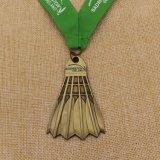 Evento deportivo Bádminton la forma de medalla de metal con cinta