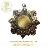 工場価格のカスタム円形浮彫りのタイルの日曜日の花おかしいメダル賞