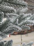 Árbol de navidad artificial de Prelit del soporte del bálsamo de la colina de Berkshire del abeto de solidificación rápida de la montaña en 7.5 pies, luces multicoloras