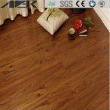 Eco freundliches Belüftung-Vinyl, das im Freien selbstklebenden Fußboden ausbreitet
