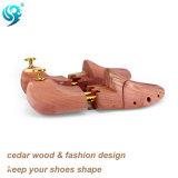 Encargado gemelo de madera del zapato del hombre de los tubos del cedro de encargo caliente de la venta