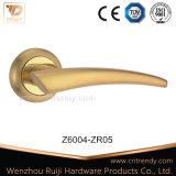 Goldpolierzink-Legierungs-oder Aluminium-Tür-Hebelgriff (Z6007-ZR05)