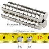 小さいネオジムディスク磁石は冷却装置、科学、クラフトのために、マルチ使用する