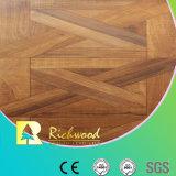 le teck de texture de fibre de bois de 8.3mm E1 AC3 HDF a ciré le plancher en stratifié bordé