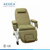 De Elektrische stoel van de Chemotherapie van de Dialyse van het Bloed van de Patiënt van het ziekenhuis met IV Tribune