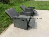 Sofà registrabile stabilito del Recliner del gas della mobilia del rattan con il tavolino da salotto