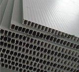 녹색 4mm 5mm 6mm 플라스틱 Corflute 널은 또는 Pringting 방수 처리하거나 1220*2440mm 인쇄를 가진 절단을 정지한다