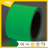 安全警告のための暗いフィルムのビニールのPhotoluminescentテープ白熱