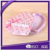 Caja de regalo de embalaje de papel de cartón rígido forma de corazón para la flor