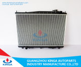 Радиатор для Nissan Datsun Truck'97-00 Mt с OEM21410-2s810