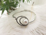 De zwarte Armband van de Parel van de Diamant Witte met Witgoud Geplateerd Plateren voor Vrouwen
