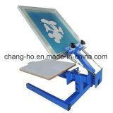 Une machine d'impression d'écran en soie de T-shirts de couleur